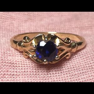 Victorian 14k Yellow Gold Natural Sapphire Ring